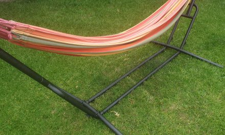 5 Best Hammock Stands For 2021 [Buyers Guide]