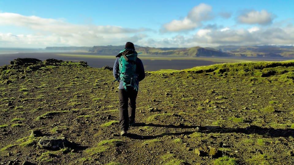 5 Best Mountaineering Backpacks (Buyers Guide) In 2021