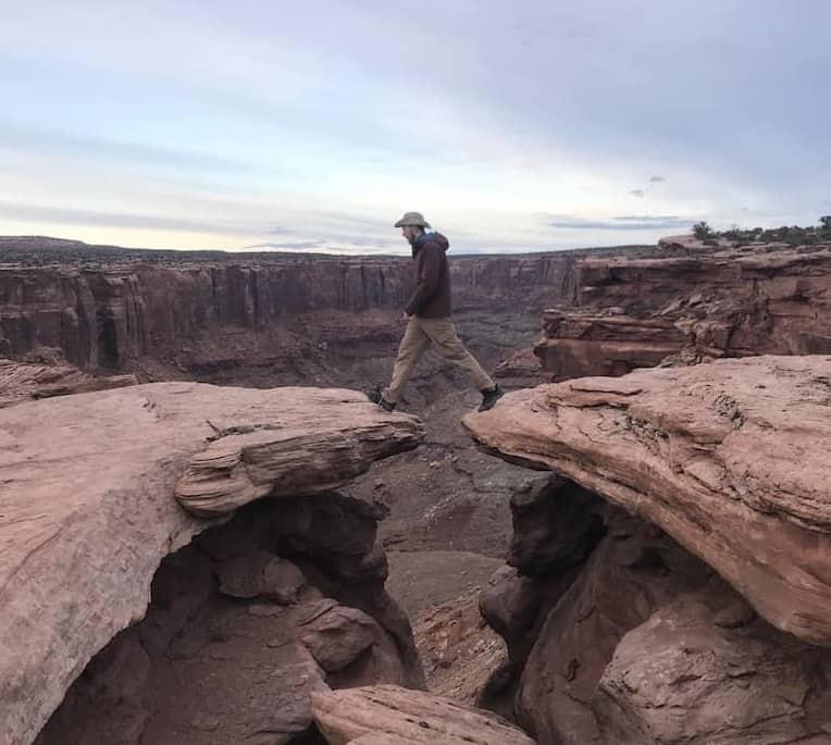 Cliffs near Horsethief Campground overlooking Mineral Bottom