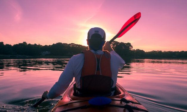 Top Tips For Staying Safe While Kayaking & Canoeing